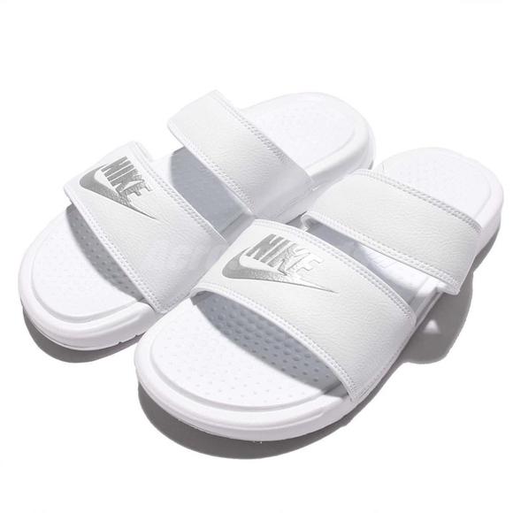 7fc5705fd7ef Nike Benassi Duo Ultra Slide. M 5aff81749d20f07bcbc28127